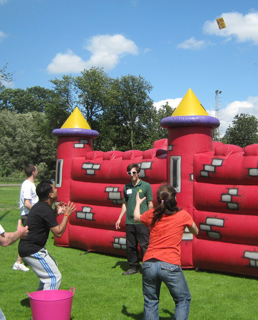 Combat Zone - Its a knockout