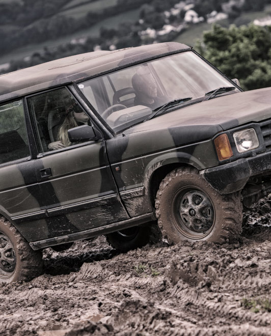 Blind 4x4 Driving Experience - ACF Teambuilding